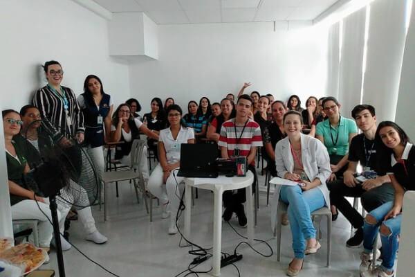 Hospital São Francisco recebe treinamento sobre excelência em atendimento - HSF